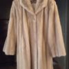 Manteau en vison beige